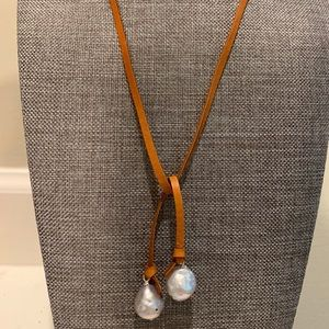 Leather Freshwater Pearls Necklace